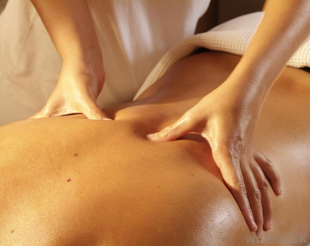 massage-therapy-of-back